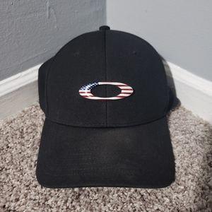 Oakley Accessories - Oakley Hat S/M